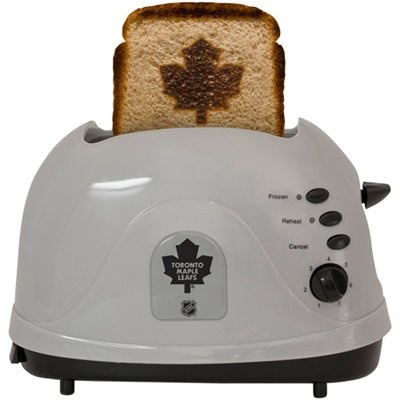 LOL I can just see Ricks face in the morning when I serve him breakfast and Maple Leaf toast! hahaha