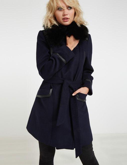 Morgan de toi:  Mid-length wool blend coat