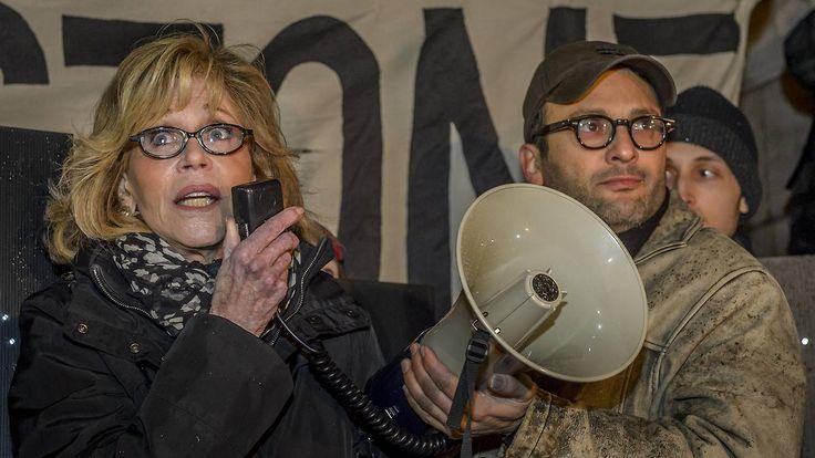 Proteste in mehreren US-Bundesstaaten: Trump macht Obamas Pipeline-Stopp rückgängig