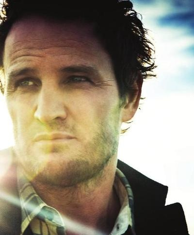 Jason Clarke, australian actor. I first discovered him in Brotherhood, than in  the Chicago Code and lately because of his brillant performance in Zero Dark Thirty.  A mighty good man and a very fine actor