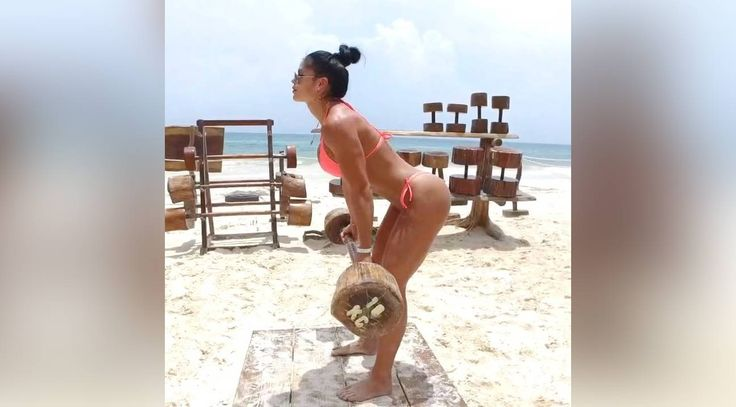 Photos: Michelle Lewin Heats Up the Beach With Bikini Workouts http://www.muscleandfitness.com/athletes-celebrities/girls/photos-michelle-lewin-heats-beach-bikini-workouts?utm_campaign=crowdfire&utm_content=crowdfire&utm_medium=social&utm_source=pinterest