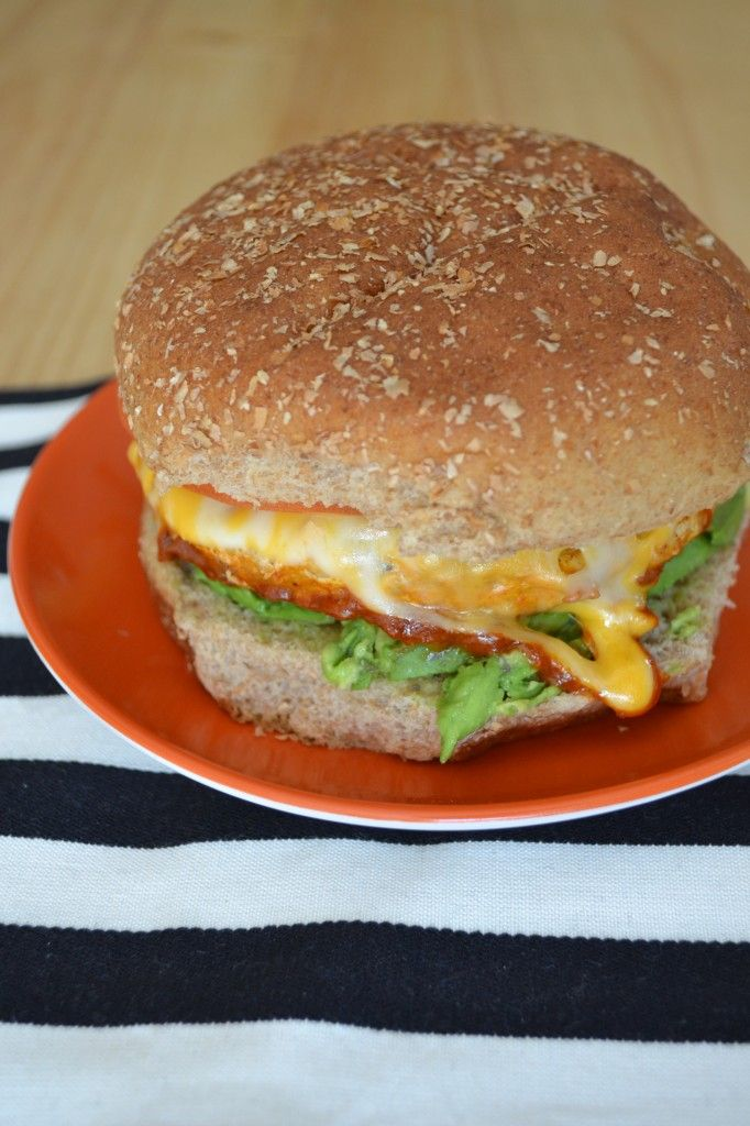 Easy Weeknight Meal: Buffalo Turkey Burgers