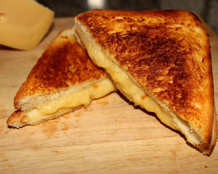 A Classic Combination - Grilled Cheese & Tomato Soup http://www.diaryofafoodgeek.com/classic-tomato-soup-grilled-cheese-sandwich/