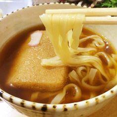 熱湯注いでレンチンするだけ!「どん兵衛」がまるで絶品生麺になる♫ - macaroni
