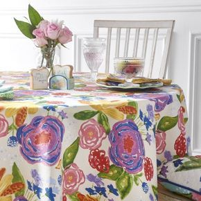 The Pioneer Woman Celia Tablecloth 70 inch Round