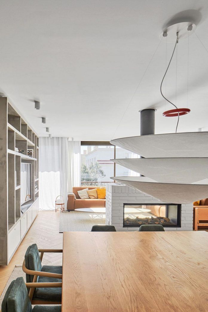Stunning Apartment Designed By Conti Cert Arquitectos In Barcelona