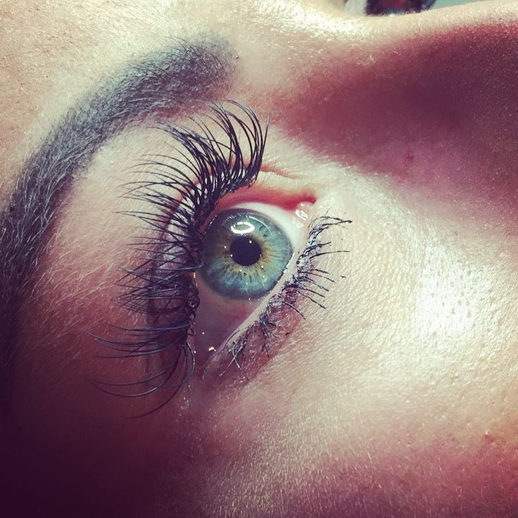 Wimpernverlängerung 1:1 #ingolstadt #wimpernverlängerung #wimpern #wimpernverdichtung #vipbeautystudioingolstadt #eye