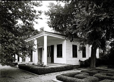 The Sunday porch-enclos*ure, French Legation HABS, LoC