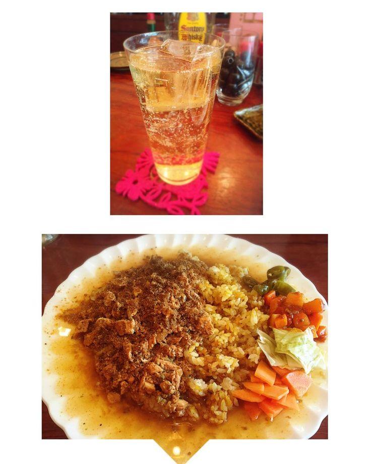 久々にアグニに来たよ 鴨スペシャルは終了してしまってたショック定番キーマライスはドライカレーチョイス 辛いアチャールがまた美味しい 今日もスパイシーで美味しかった ハシゴしたいけど今夜のディナーもガッツリ予定あるので我慢(;) #新町#大阪#スパイスカレー#昼ご飯#外食#curry#カレー部#スパイス#カレーランチ#カレー#lunch#昼飲み#ハイボール#キーマカレー by yukorin.yaa