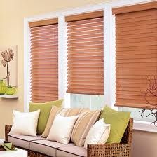 Blinds: Living Rooms, De Persiana, Gifts Cards, Wooden Blinds, Wood Blinds, Window Blinds, Window Shades, Auras Casalla, Casalla Decoracion