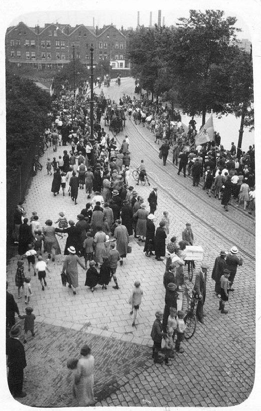Linker Rottekade, rond 1935.