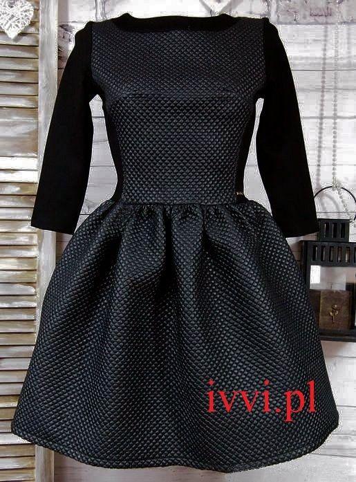 http://allegro.pl/czarna-pikowana-sukienka-rozkloszowana-siwiec-l-40-i5607842521.html 150,00zł