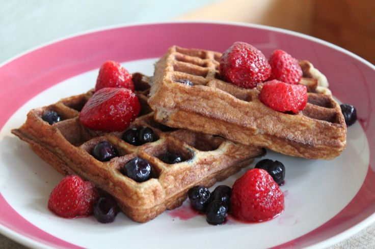 POWER SNACK: PALEO WAFFLES RECIPE | Caveman Style - Paleo Cooking | P ...