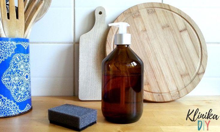 Buteleczka po syropie z dozownikiem na mydło - Klinika DIY