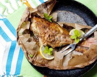 Papillote de poisson au citron et aux câpres : http://www.fourchette-et-bikini.fr/recettes/recettes-minceur/papillote-de-poisson-au-citron-et-aux-capres.html