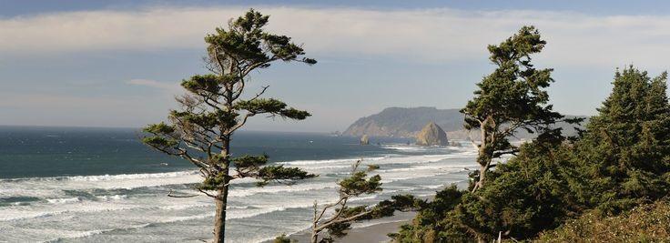 Haystack Rock in Oregon, USA