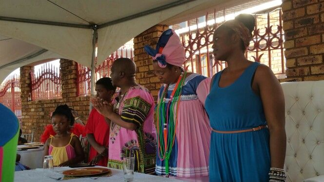 Dino's Lobola on the way...his vote of thanks, with his family.