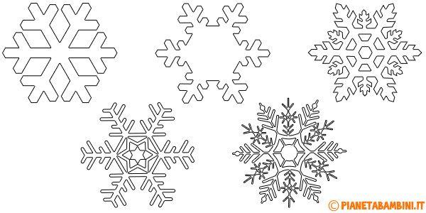 Sagome di fiocchi di neve da ritagliare