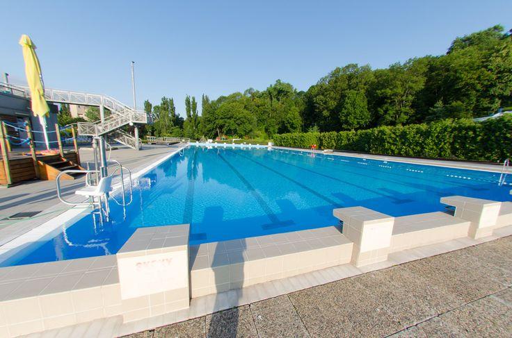 Swimming pool Petynka, Prague 6