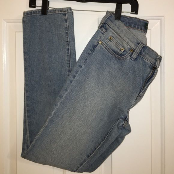 Ralph Lauren straight cut jeans Size two light wash Ralph Lauren Jeans. Higher rise. These have been worn once are in new condition Ralph Lauren Jeans Straight Leg