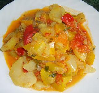 W Mojej Kuchni Lubię..: ziemniaczano-warzywny syty obiad...