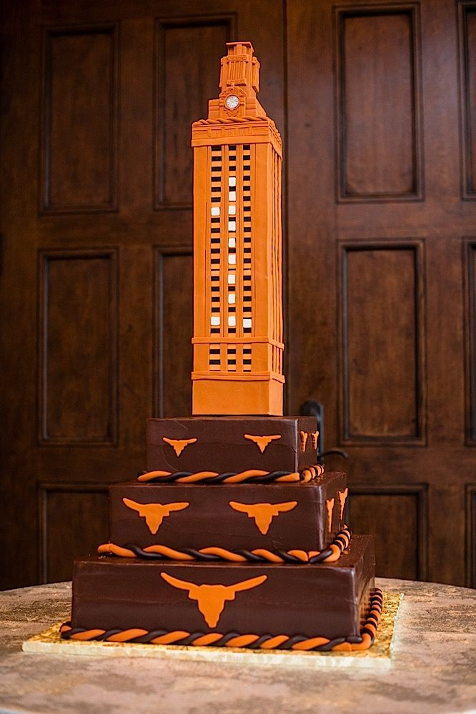 texas themed wedding cakes 12 best longhorn graduation cakes images on 20816