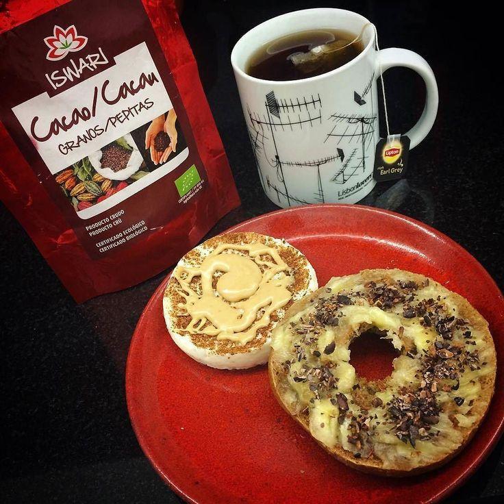 Bom dia!  ...Sono e frio combate-se com um pequeno almoço maravilhoso que dá energia para me pôr a mexer!  ( # @nidia_almeida)