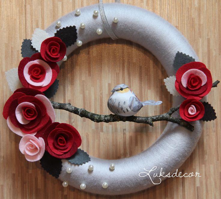 Silver Gray Yarn Felt Wreath with Red and Maroon Roses, Pearls and a Bird - https://www.facebook.com/Luksdecor