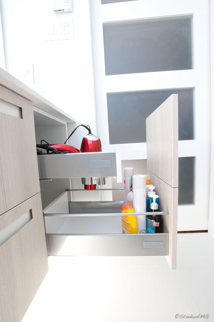17 best ideas about salle de bain contemporaine on pinterest salle de bains neutre d coration. Black Bedroom Furniture Sets. Home Design Ideas