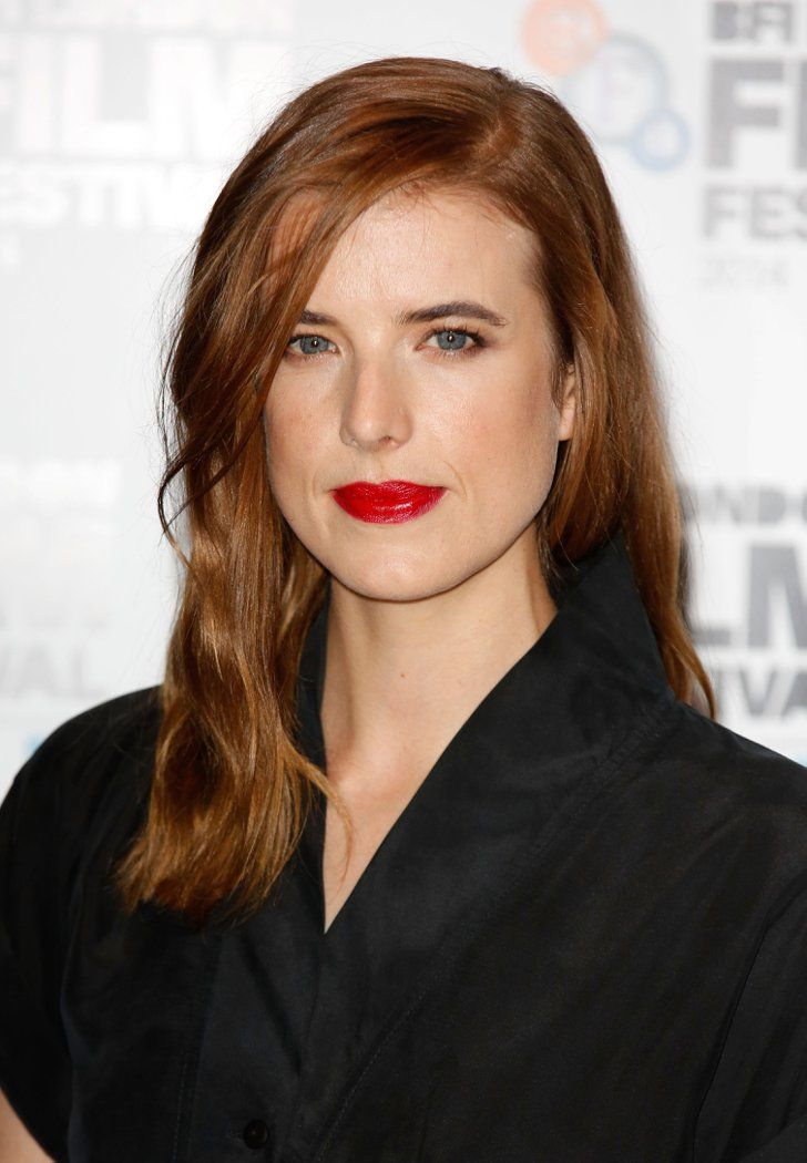 Pin for Later: Kate Mara's Sexed-Up Stare Is the Easy Look You're Trying Tonight Agyness Deyn Model and actress Agyness Deyn flaunted a creamy red lip at the premiere of Electricity in London.