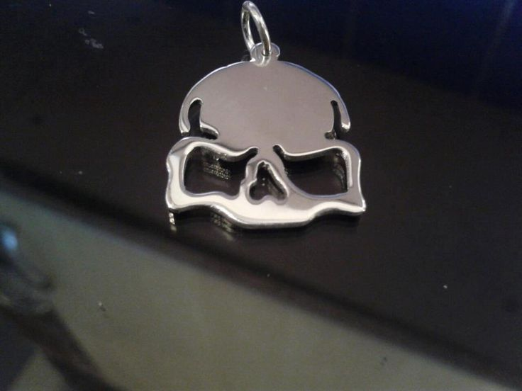 sterling silver call of duty inspired elite skull. pendant 25mm x 20mm, £19.99