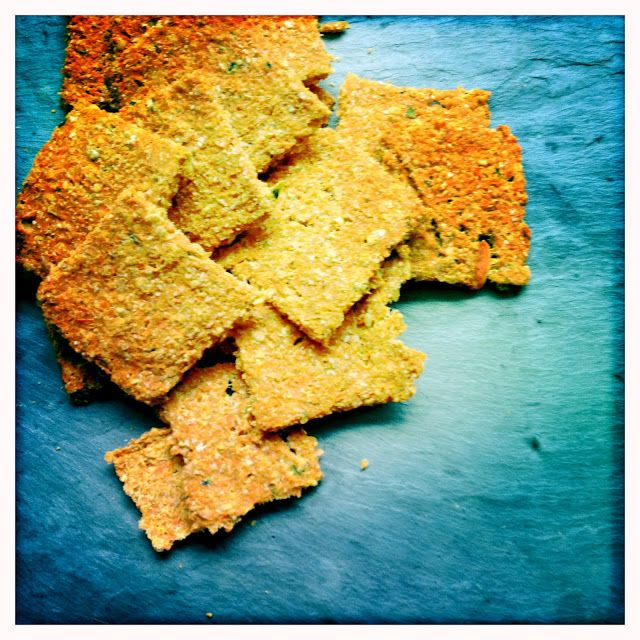 Sweet Potato Soul: Carrot Crackers {raw!!}