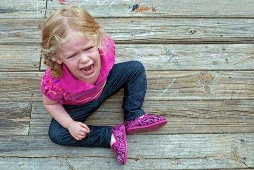 Cum să oprești crizele de plâns isteric ale copilului punându-i doar o singură întrebare