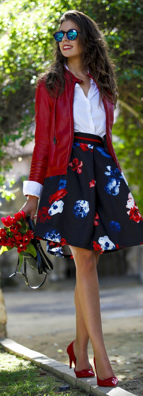 Black Floral A-skirt Fall Inspo by 1sillaparamibolso