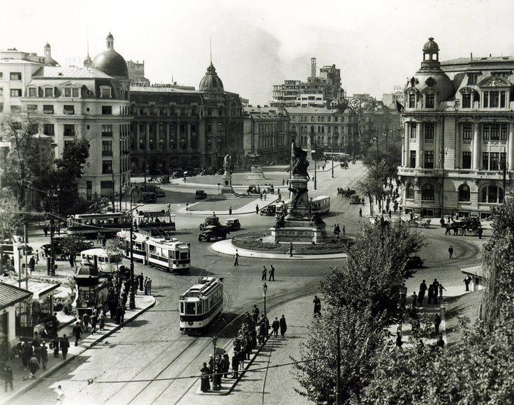 Piaţa Universităţii - 1925. Foto: arhiva Sorin Mărgărit.
