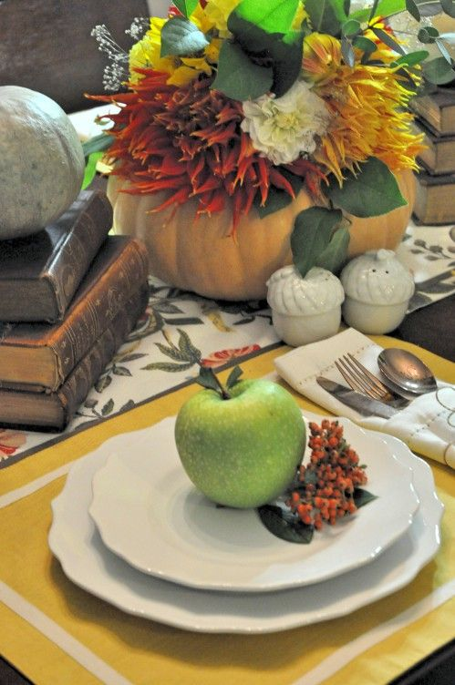 Thanksgiving plate settings with fall centerpieces