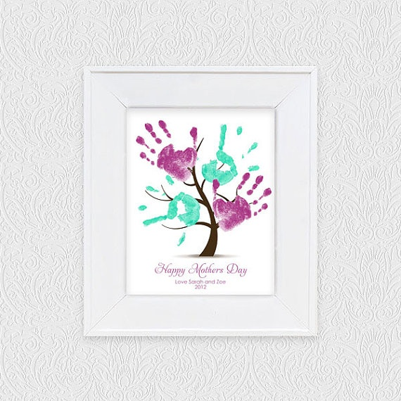 """DIY: (Printable @Etsy.com shop $20)  Blank basic tree form.  Have children use handprints as """"leaves"""". Give as a gift & hang as art!"""