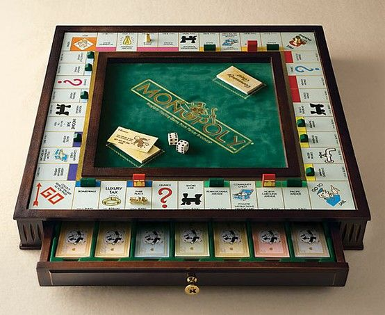 Monopoly Premier Collector's Edition  This set looks really cool... I must have it to go with my 7 other Monopolies :3