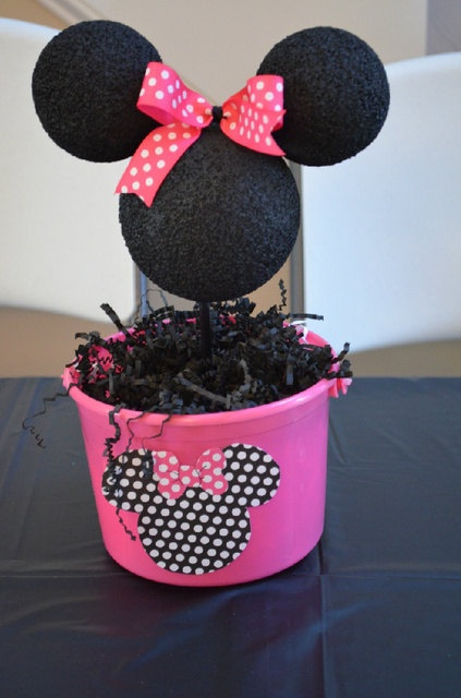 Minnie Mouse centerpiece by LizsPartyDesigns on Etsy, $8.50