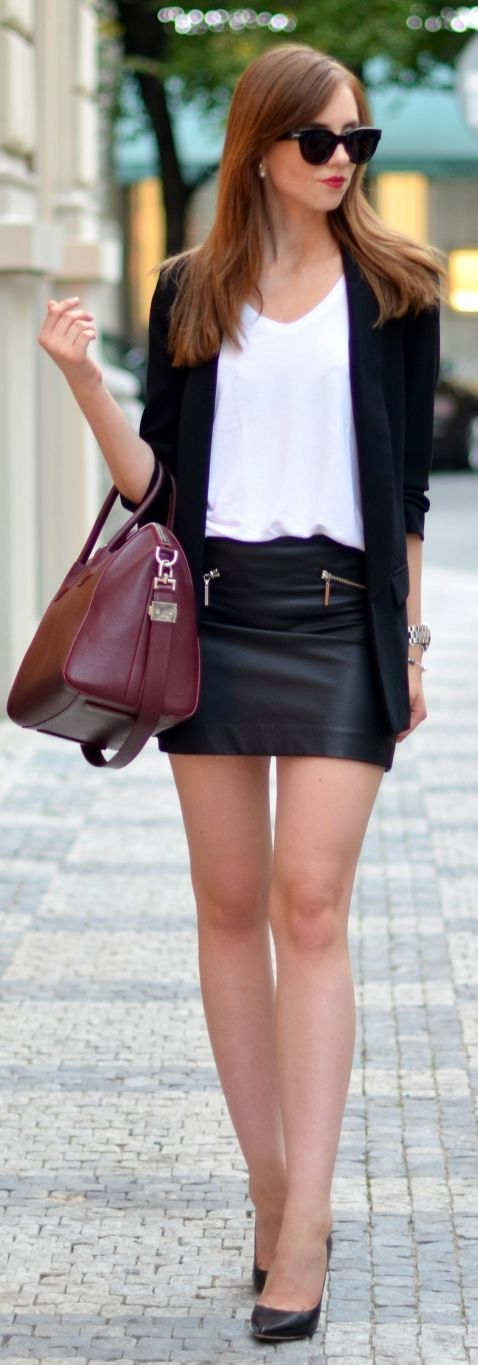 Black Leather Mini Skirt Outfit Ideas