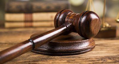 Sala Civil de la Suprema falla más de 2,068 expedientes en primer semestre de 2017 SANTO DOMINGO. En el marco del Plan de Lucha contra la Mora decretado por el Poder Judicial, la Sala Civil y Comercial de la Suprema Corte de Justicia emitió 2,068 decisiones en el primer semestre del 2017,