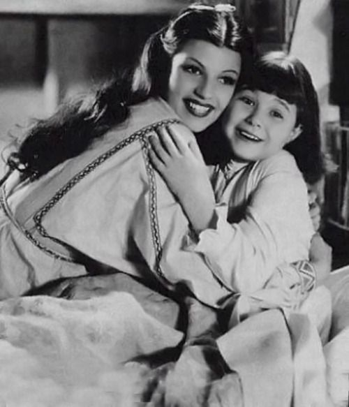 Rita Hayworth and Jane Withers in Paddy O'Day (1936)