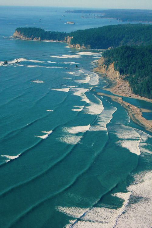 The mouth of the Hoh River ...  Washington State... That Hoh sure has a purty mouth!