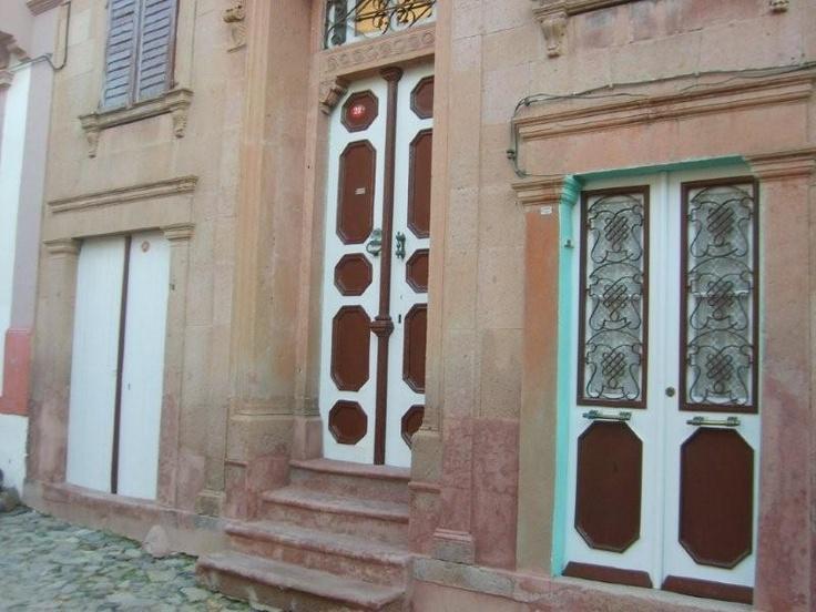 Bıyıklının yerine uğramadan , Pateriça köylerine gitmeden... Daha fazla bilgi ve fotoğraf için; http://www.geziyorum.net/cunda-gezisi-bolum-3/