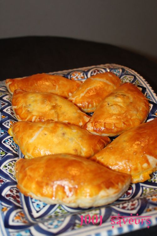 Chaussons méditerranéens (viande hachée, poivron grillé, feta)