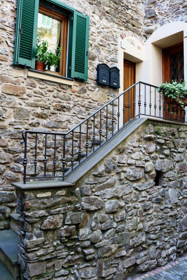 Isolabona (IM)  Via Molino