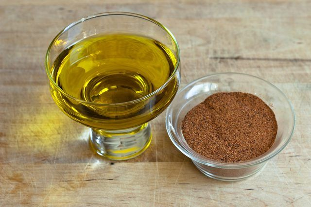 Cayenne Pepper & Olive Oil for Hair Growth (with Pictures) | eHow