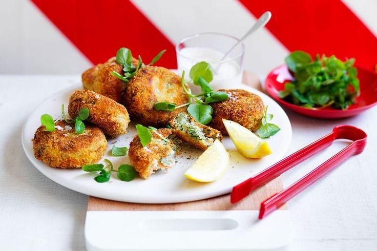 Wondering what to do with any leftover seafood? Make a batch of salmon cakes the whole family can enjoy.