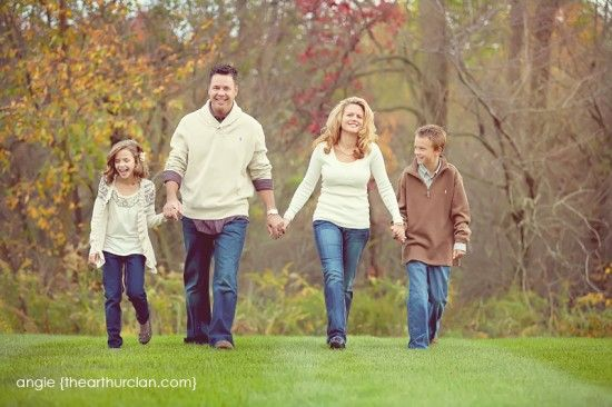 10 ways to make your family portraits stand out