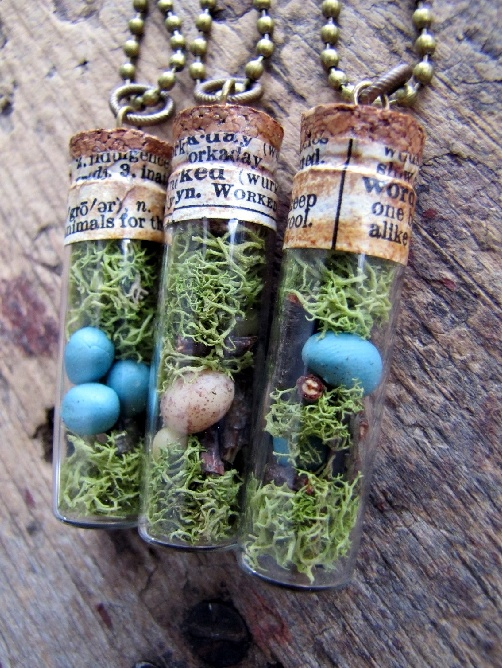 love this idea...really like the vintage text around the top to seal the cork